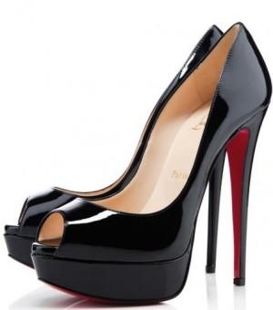 Lena Dunham's Shoes