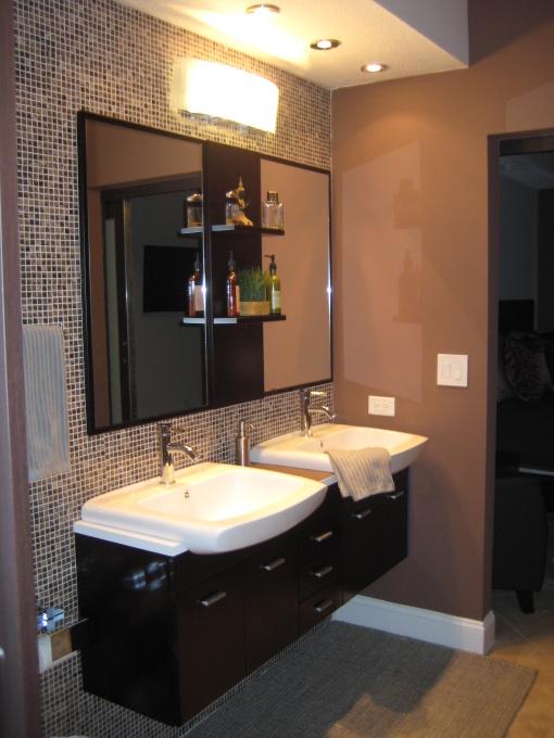 Hgtv just me with for Master bathroom vanity single sink