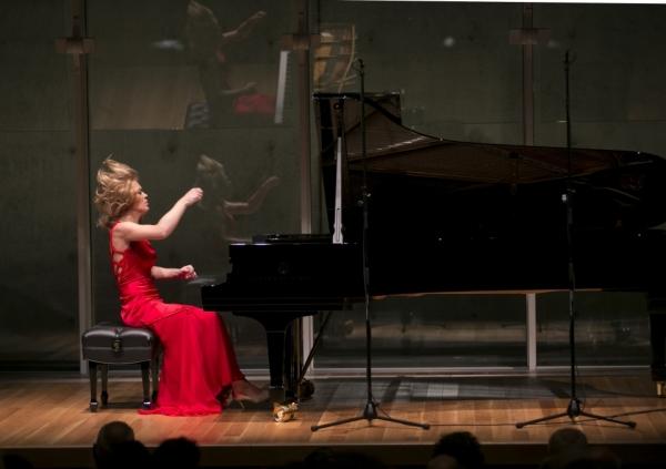 1-pianist